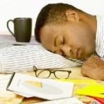Dormire poco è causa della bassa attenzione