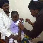 Malaria: nuovo vaccino dimezza rischio tra i neonati