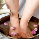 Rimedi naturali contro il cattivo odore dei piedi