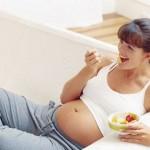 L'alimentazione in gravidanza: i cibi da preferire e quelli da evitare