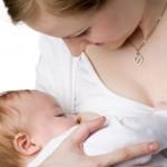 Allattamento al seno: le regole da seguire