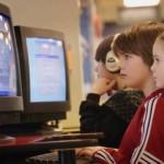 Internet: sai come proteggere i tuoi figli?
