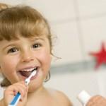 Bambini: gli alimenti più dannosi per i loro denti