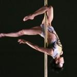 Pole Dance: in forma con il fitness della seduzione