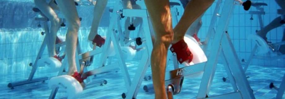 In forma con l'hydrobike: tutti i benefici di questo sport