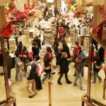Shopping natalizio fonte di stress: come sopravvivere alla caccia al regalo