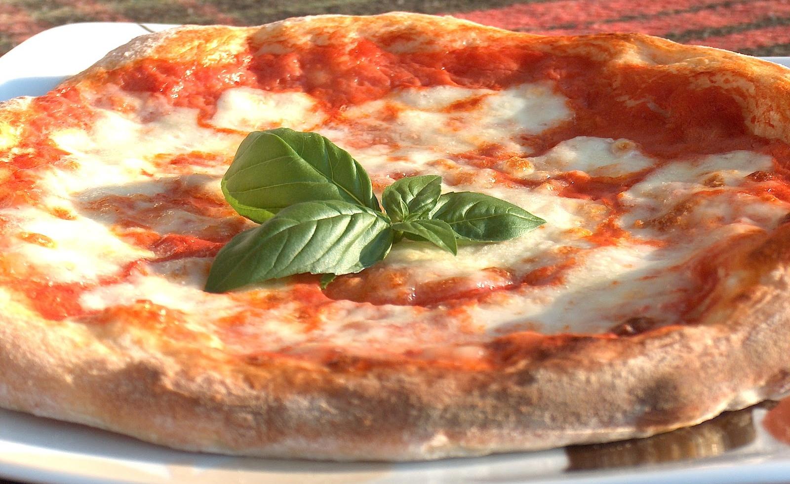 Pizza: come mangiarla senza ingrassare
